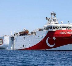 Oruc Reis: Έκανε στροφή 180 μοιρών – Κινείται ξανά προς την ελληνική υφαλοκρηπίδα